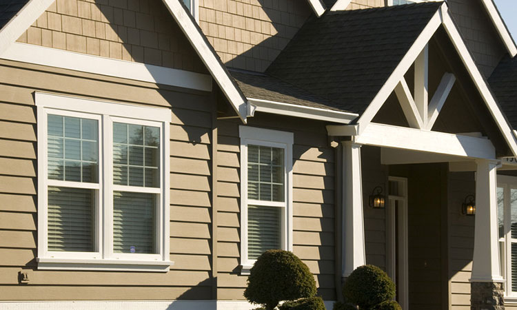 What homeowners need to know about james hardie siding for Hardie plank prices